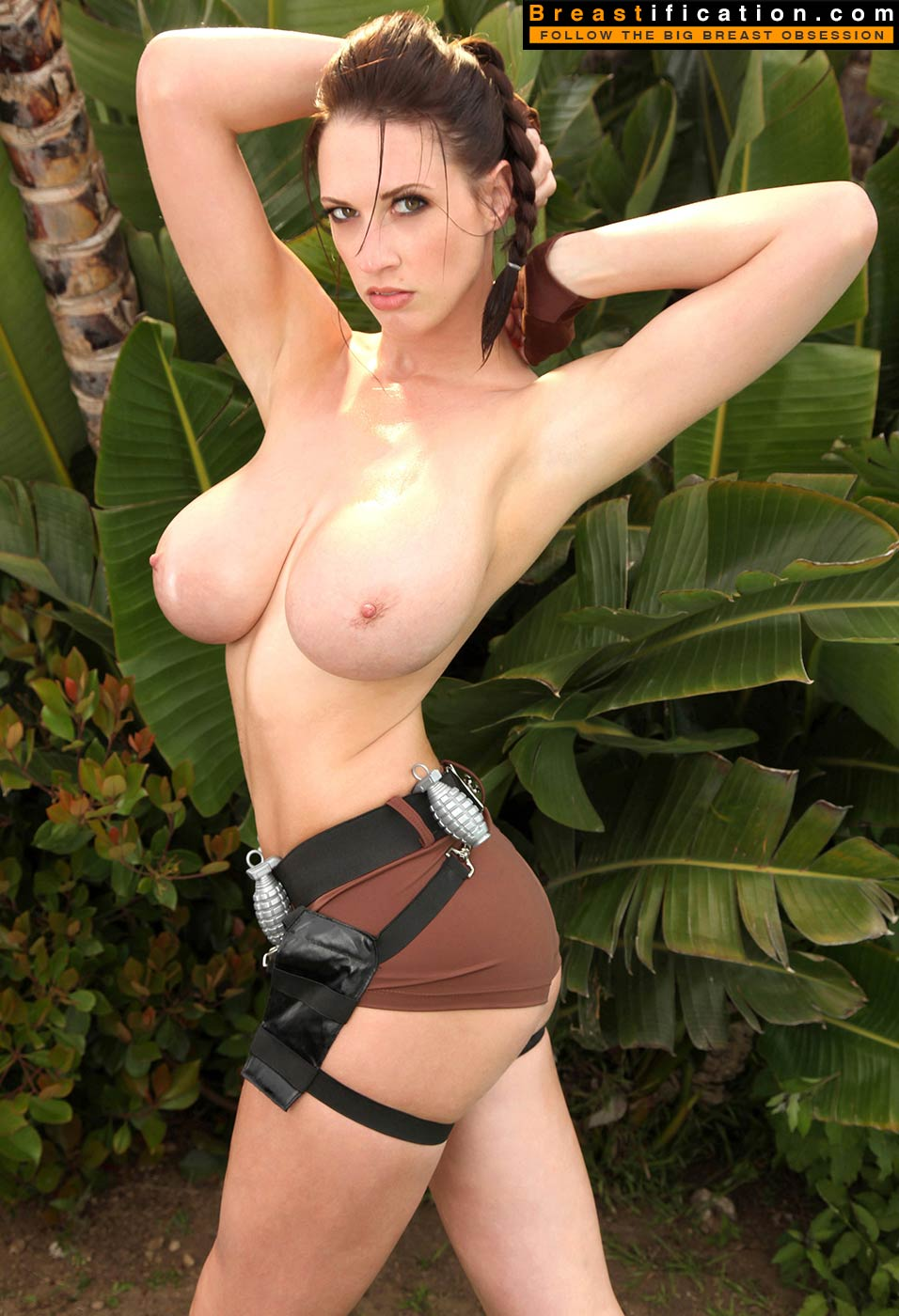 Sexy hot big boobed lara croft nude hentay pictures
